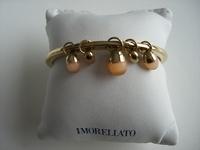 Prachtige armband uitgevoerd in pvd goud met parels