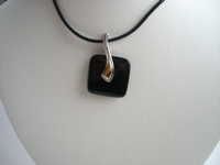 Collier in zwart eboniet